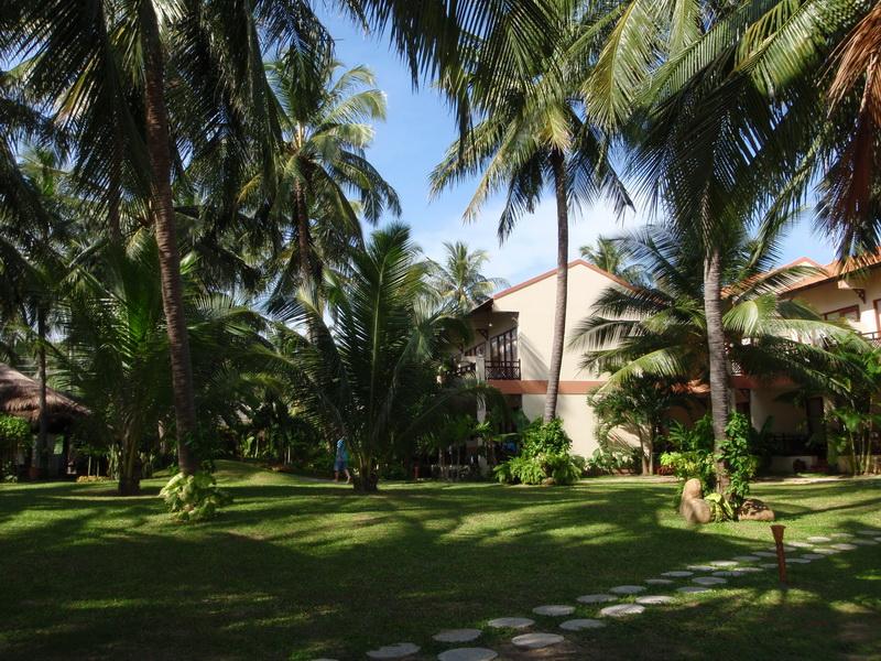Sunshine Beach Hotel